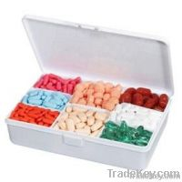 Adjustable pill storage box