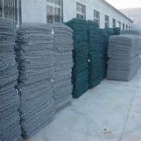 Low price PVC/galvanized hexagonal wire mesh