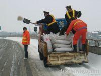 De-icing road salt