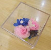 Preserved rose gift box