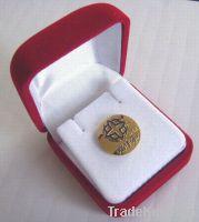 button badge pin badge tin badge