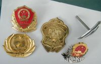 button badge, pin back, pin badge, disney pin, hard rock pin