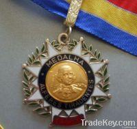 embossed metal badge ; fashion wolf shaped ; irregular shape