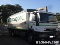 IVECO truck and feed tank