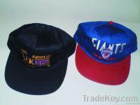 2 Baseball Caps Lakers and Giants