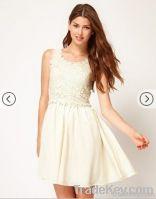 Ladies queen lace dress