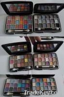 18 colors eyeshadow makeup kit