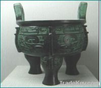 bronze antique imitation: Double Dragon Round Tripod