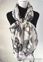 2013 fashon design custom silk scarf women accessories