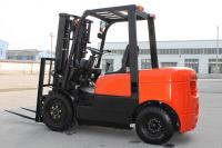 3000kg Diesel Powered Forklift Truck