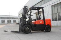 1500kg Diesel Powered Forklift Truck