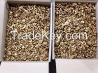 Buy Quarters of walnut kernels