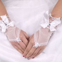 New arrival free shipping accessories hot sale short fingerless lace bridal wedding gloves