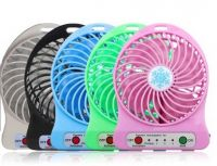 YL-T743 Hottest Portable Usb Fan with Strong Wind Rechargeable Electric Mini Usb Fan with Flashlight and Adjustable Speed