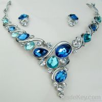Fashion crystal and gemstone jewelry set