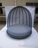 outdoor wicker daybed with canopy