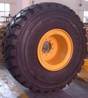 Sell earthmoving rim wheel OTR rig tire tyre rim wheel for on shore oilwell oil drilling Rigs