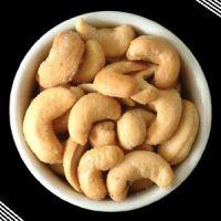 Cashew Nuts, Cashew Nuts in Shells, Raw Cashew Nuts