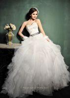 New Fashion Ruffle Applique Wedding Dress