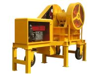Mini mobile jaw crusher with diesel engine