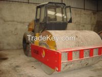 Used road roller CA30.