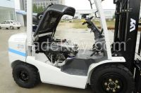 used forklift ,TCM 3 ton ,2015 ,Like new machine .
