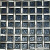 Factory crimped wire mesh for construction
