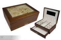 Wooden jewelry box with inner decoration, high gloss color