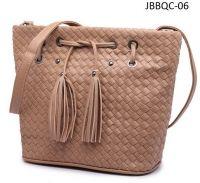 Ladies Drawstring Woven Bucket Bag Shoulder Bag Crossbody Bag with Tassel