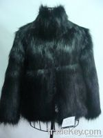 Ladies faux fox fur coat with short sleeve