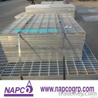 Hot dip galvanized steel grating for treads and stairs
