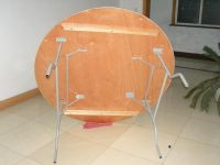 rental round folding table