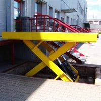 Lift table (Capacity 1500kg)