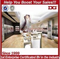 DG custom made creative designs of display optical shop