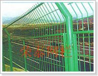 wire mesh , barbed wire and galvanized iron wire