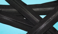 Long chain plastic zipper of 3#.5#.8#.10# for wholesale