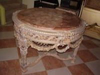 Queen tables