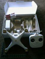 DJI Phantom 2 Vision Quadcopter Drone FPV RC UAV Wifi Camera 1080P GPS RTF Spy