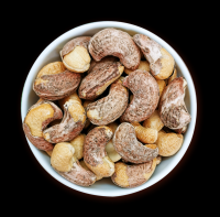 Roasted cashew nut in husk