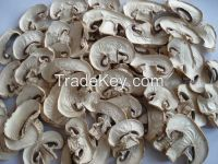 Dried white button mushroom slice
