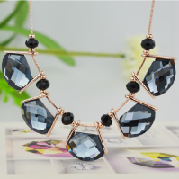 Colorful crystal ladies fashion necklace jewelry
