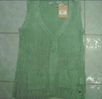 Women's Sleeveless V-Neck Sweater