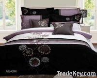 Nice Quilt Cover with Pillowcases