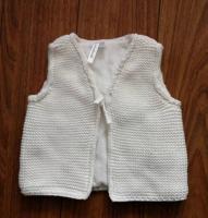 Baby's sweater vest