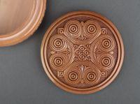 Round carved box