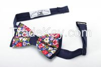 Blue bow tie with floral print