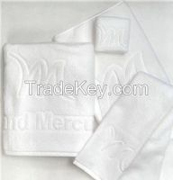 white jacquard towel for hotel
