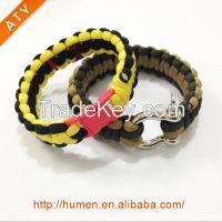 survival bracelet,carabiner paracord bracelet,paracord bracelet