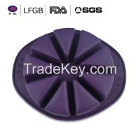 With FDA / LFGB new design fashionable football world cup silicone cake molds