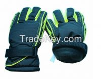 Skiing glove